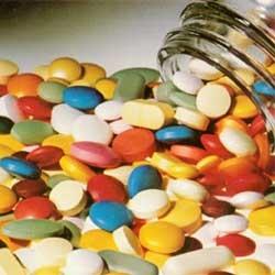 Пошли по списку лекарств.  Вспомнили про витамины и тут началось все самое.